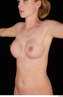 Vinna Reed breast chest nude 0002.jpg